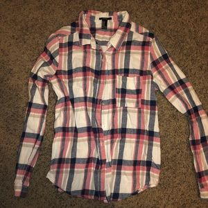 Cutest Fall flannel button down long sleeve shirt